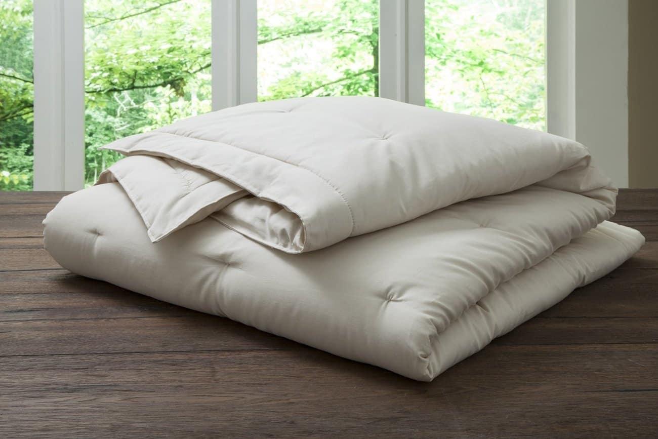 PlushBeds Handmade Organic Wool Comforter
